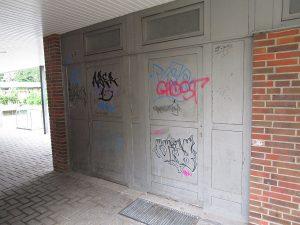 Graffitientfernung Oldenburg Bremen Schule am Bürgerbusch 003
